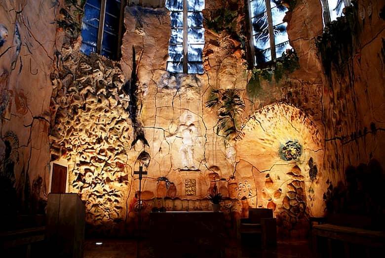 Mural de Miquel Barceló en la capilla del santísimo