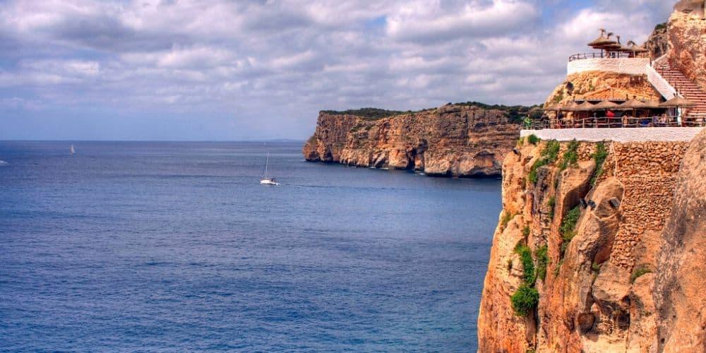 La Cova d'en Xoroi à Minorque