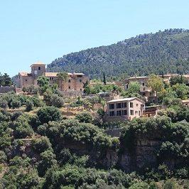 Deia pueblo en Mallorca