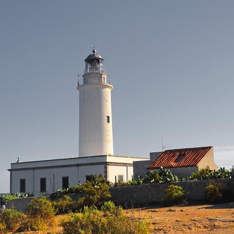 El pilar de la Mola en Formentera